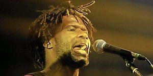 THE VOICE: UN CAMEROUNAIS QUI FAIT FORT IMPRESSION SUR TF1