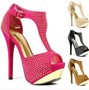 Vente en ligne des chaussures et autres accesoires sur facebook